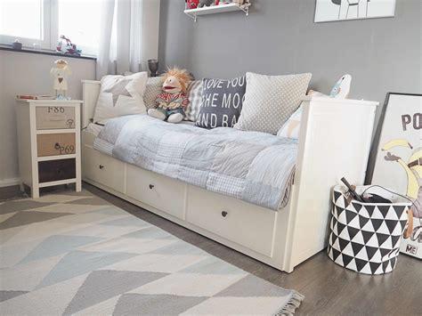 ikea einrichtung wie kann schlafzimmer einrichten gold weiss