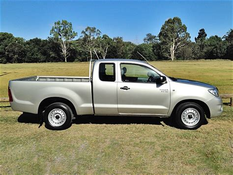 Toyota Hilux Silver 2010 Toyota Hilux Sr Ute Auto Silver