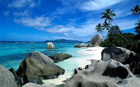 top   beautiful beaches   world famous