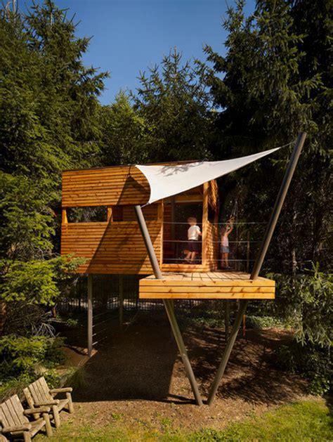 15 amazing diy backyard playhouses and treehouses