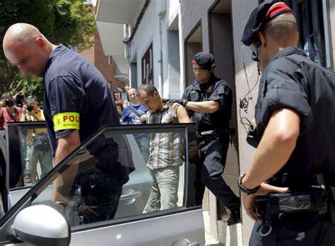 tortura a ecuatorianos detenidos dos ecuatorianos por la tortura y el asesinato