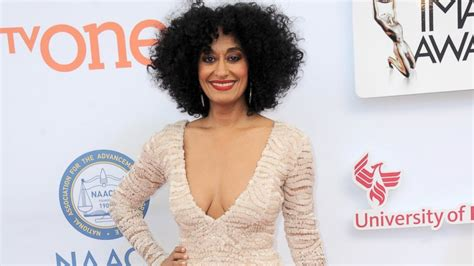tracee ellis ross halloween costume tracee ellis ross details what her mom diana ross taught