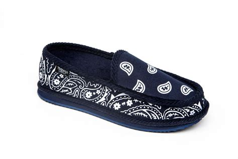 blue bandana house shoes blue bandana slippers 28 images navy bandana house shoes slippers trooper open