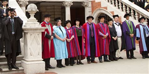 Rhul Mba by School Of Management Staff Newsletter August 2011