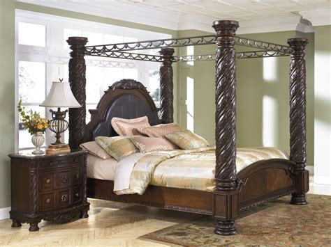 California King Canopy Bedroom Set by Shore Cal King Poster Bed With Canopy B553 150 151