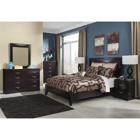 merlot bedroom set ashley zanbury 6 piece wood queen panel bedroom set in