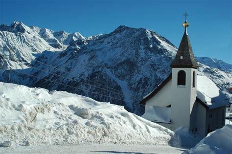 weihnachten in den bergen hütte weihnachten in den bergen foto bild gratulation und