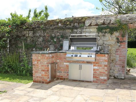 outside kitchen cabinets uk design an outdoor kitchen