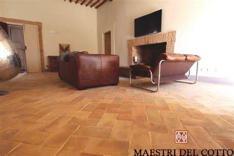 cotto per interni miglior pavimento in cotto per interni citt 224 della pieve