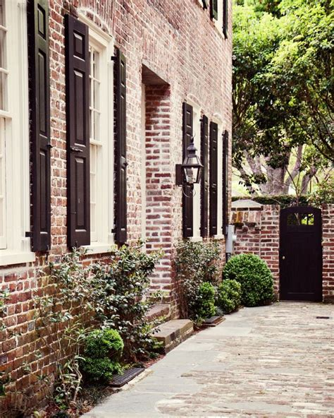 who wrote brick house 1000 ideas about red brick exteriors on pinterest brick