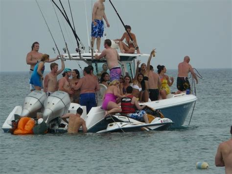 party boat plymouth lets see some raft up sandbar parties page 12 the