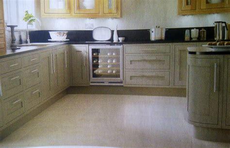 Cooke & Lewis Carisbrooke Taupe Kitchen (B&Q)   Kitchens