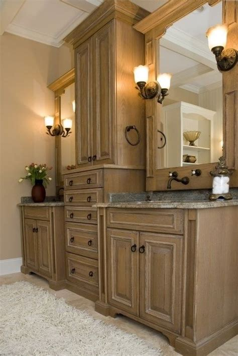 Ideas For Bathroom Cabinets by Best 10 Bathroom Cabinets Ideas On Pinterest Bathrooms
