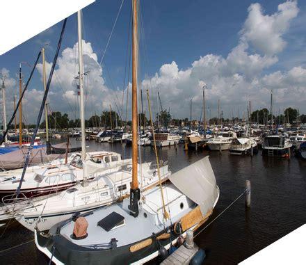 ligplaats huren drijfveer jachthaven cing en bootverhuur in friesland
