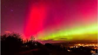 Aurora Landscape Lighting - northern lights illuminate the uk bbc news