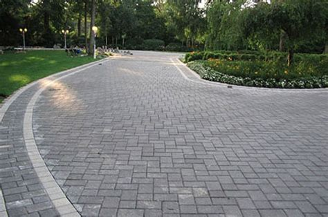 Pavers Or Concrete Patio Cambridge Pavers Driveway Created With 6x9 Onyx Pavers And A Border Of 6x6 Onyx Pavers