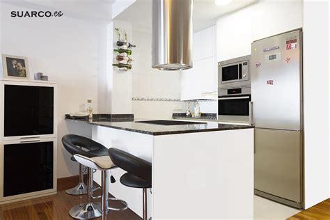 cocinas negras modernas cocina americana blanca moderna cocinas suarco fabrica
