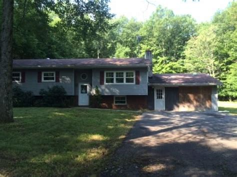 183 longwoods dr saylorsburg pa 18353 foreclosed home