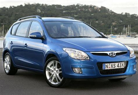 hyundai i30 cw review hyundai i30cw 2009 review carsguide