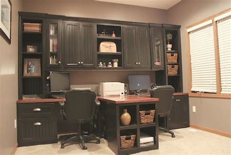 Diy Office With T Shaped Countertop And Built In Cabinets Office Built In Cabinets