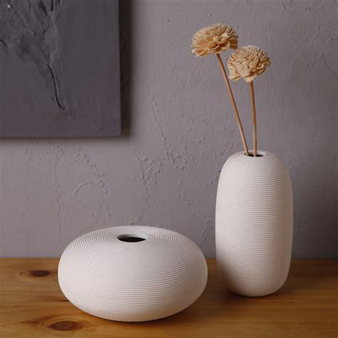 White Floor Vase Modern by 1pcs Modern Helicoid Oblate Porcelain Vase