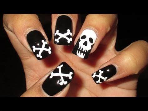 halloween nail art tutorial skulls skull crossbones halloween nail art tutorial youtube