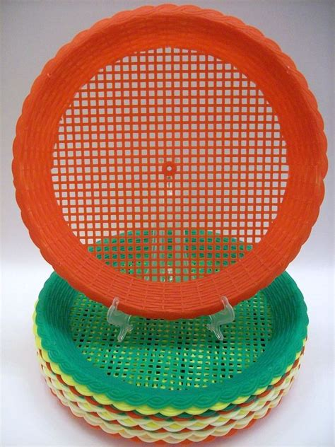 Lot of 15 Vintage Plastic Paper Plate Holders Woven Wicker