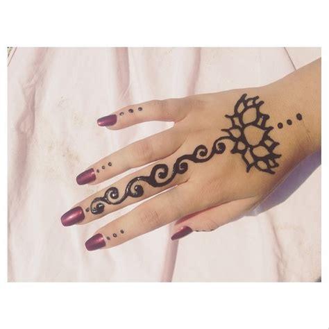 henna tattoo hand we heart it we it and henna