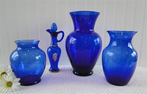 Cobalt Blue Glass Vases by Cobalt Blue Vases Glass Lot Of 4 Avon Large Medium By Leadmeaway