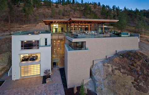 luxurious custom home near kelowna canada