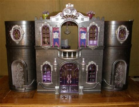 bratz doll house monster high barbie bratz doll house ooak custom made lots of pictures