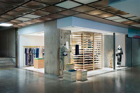 designboom yusuke seki seki designs otsuka gofukuten kimono storefront in kobe japan