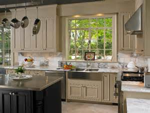 Kitchen Cabinets Two Colors Two Tone Kitchens Savvy Solutions For The Kitchen And Bath