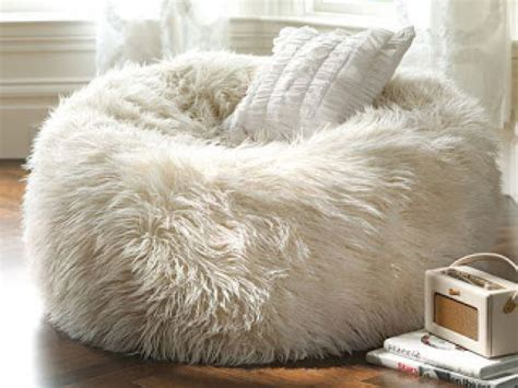 large fuzzy bean bag chair 28 images sheepskin bean