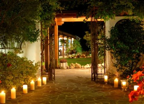 9 amazing ideas for outdoor party lighting certified 9 amazing ideas for outdoor party lighting certified