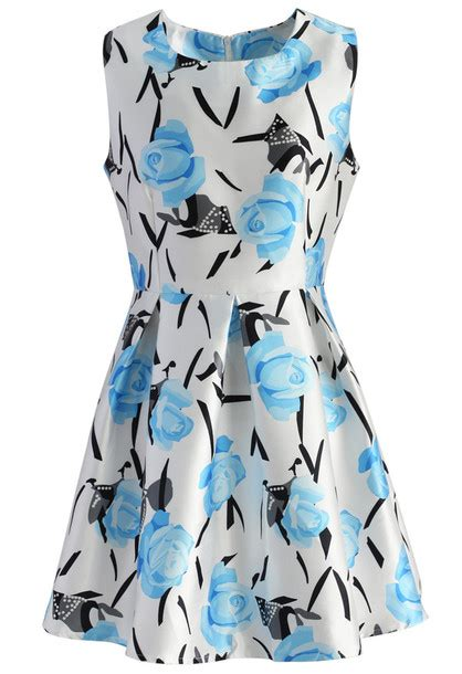 A Sea Of Roses Flare Dress dress dress flare dress floral blue