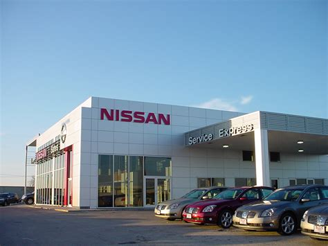 image gallery nissan dealership