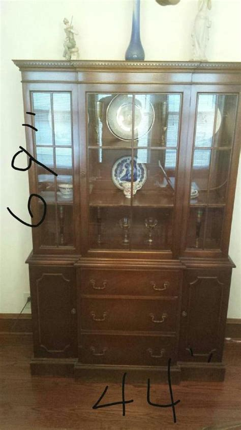 rockford furniture company china cabinet what is this rockford china cabinet worth a friend has