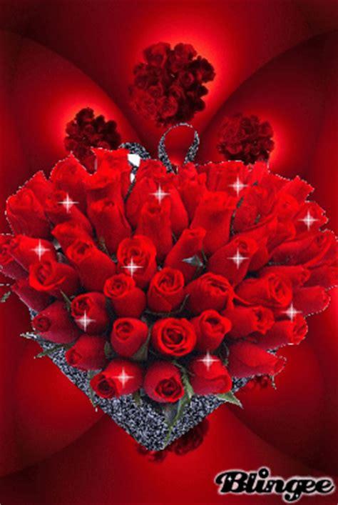 imagenes de rosas y corazones brillantes im 225 genes de corazones con frases de amor con movimiento y
