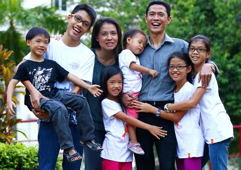 My Big Family 2 big family stare at them when they go out singapore news asiaone