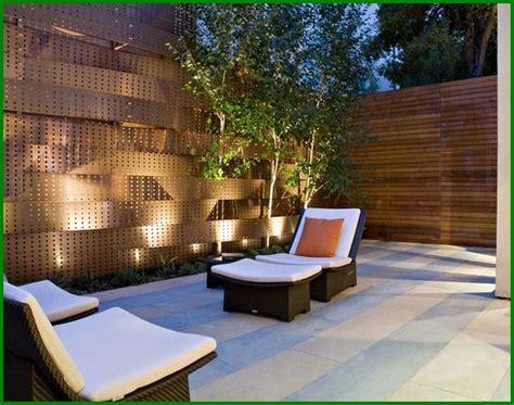 Patio Privacy Screens Designs Apartment Patio Privacy Apartment Backyard Ideas