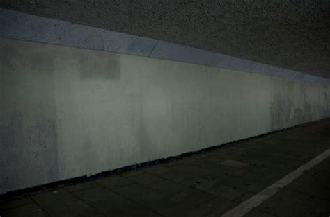 paint  white  tunnel type graffiti taunts