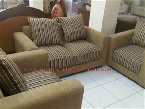 Jual Sofa Bekas Surabaya jual kursi sofa bekas di surabaya refil sofa