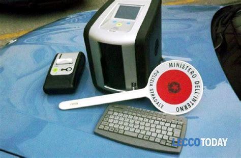 test antidroga polizia sicurezza sulle strade arriva il test antidroga per chi guida