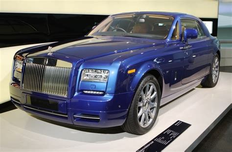 does rolls royce owned bmw