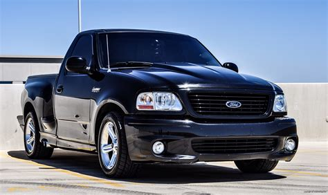 1999 ford lightning 1999 ford f 150 svt lightning review rnr automotive