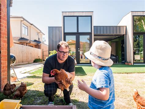 backyard chickens sydney how to raise chickens in your backyard 100 backyard