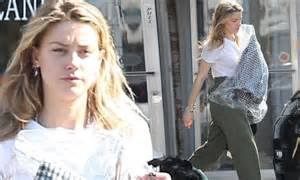 johnny depp s ex heard goes makep free after giving cara delevingne a new in la