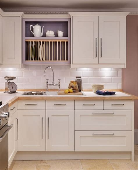 painted shaker style kitchen cabinets shaker and classic shaker style kitchens kitchens