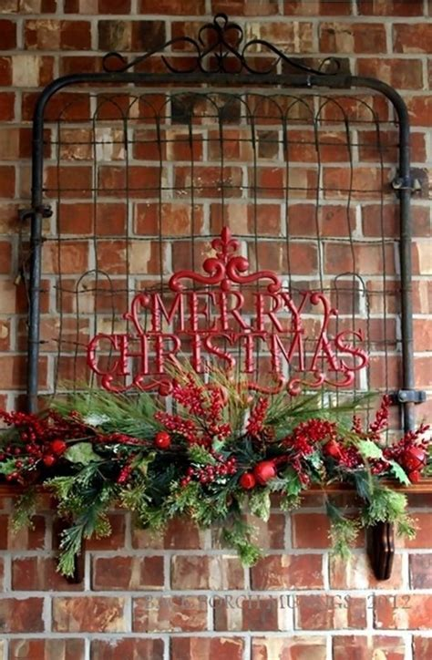 primitive christmas porch would be nicer with just the
